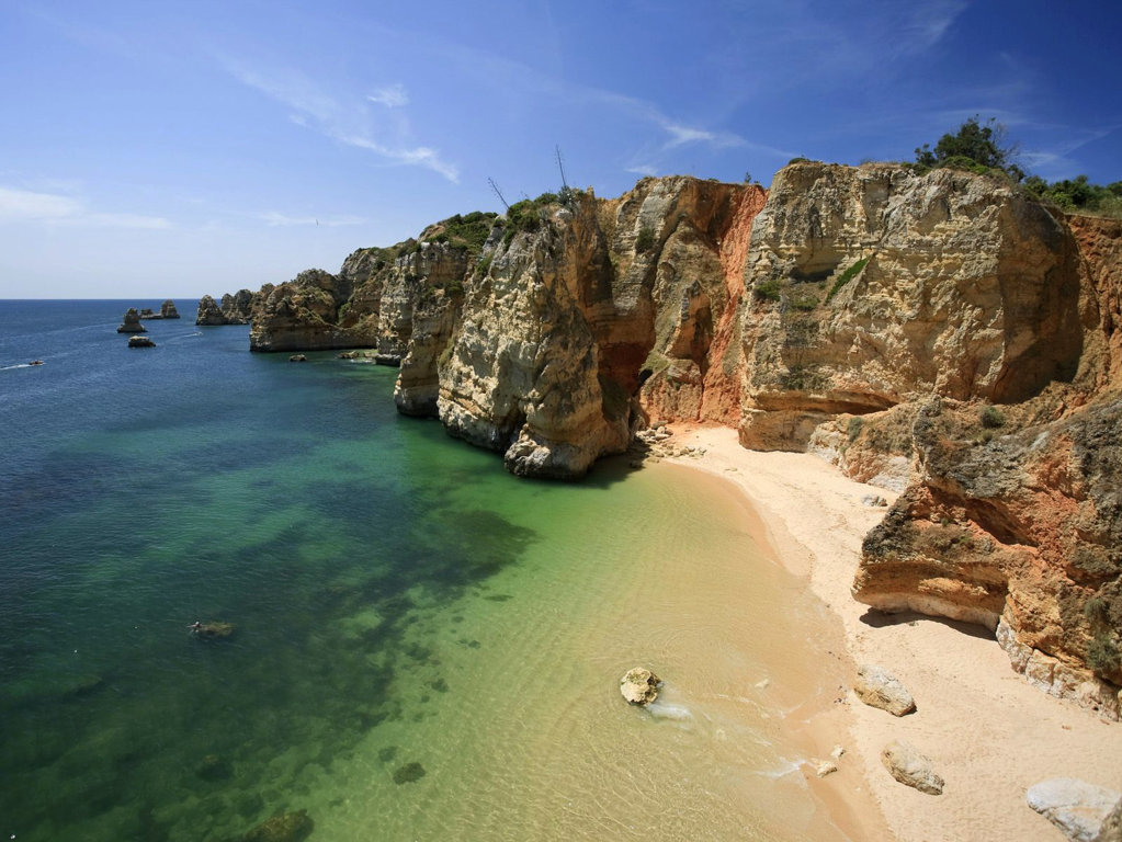 Praia Dona Ana - before the beach reconstruction