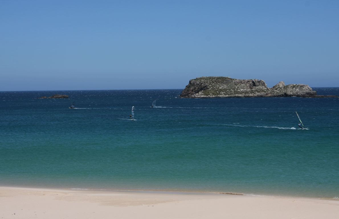 Praia do Martinhal - viewing the limestone islets