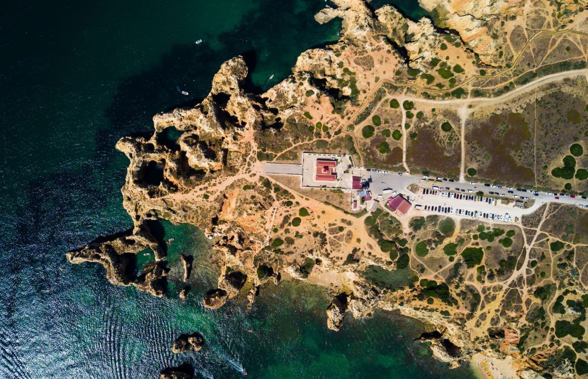 Ponta da Piedade car park from above