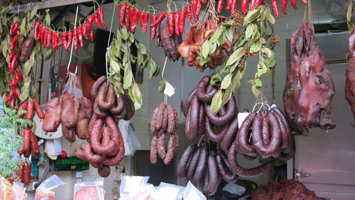 Portuguese meat on the market