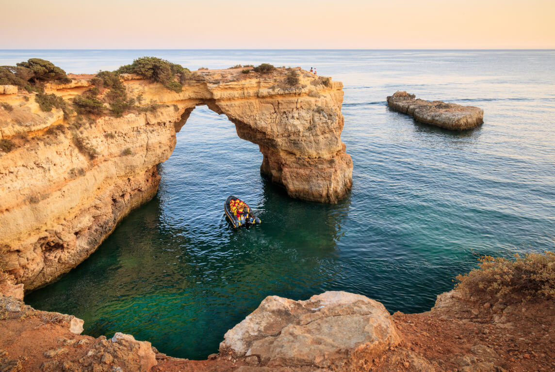 Albandeira Arch - cliff view