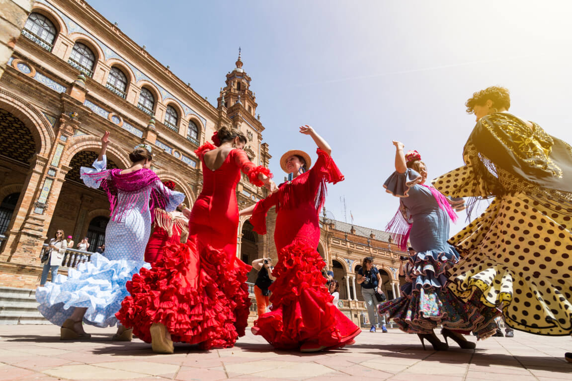 Flamenco show on Plaza de España